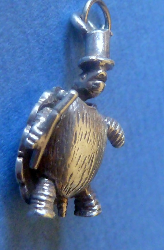 Vintage Sterling Silver Tortoise Turtle Wiggle Gentleman Bowler Hat and Stick Rare Charm