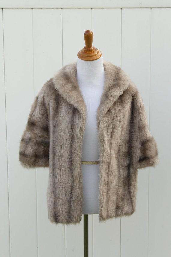 Vintage 1940s Glenoit Lovely Lush  Faux Fur Capelet