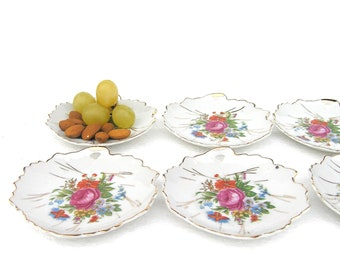 Small Vintage Snack Plates Plate Set Cheese Plate Cheese Plates Leaf Shape Dreamy Porcelain Plates with Flowers