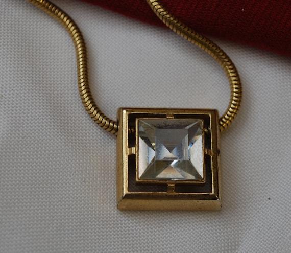 vintage Avon square rhienstone pendant necklace