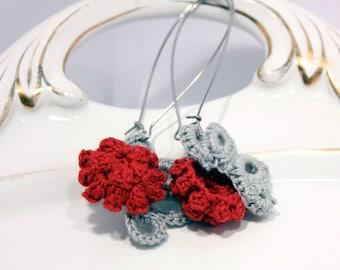Red and grey baroque inspired  earrings - Crochet kidney earrings