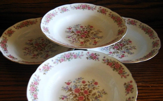 Remington Red Sea Fine China, Red Sea soup bowls, Set of Four  MINT condition
