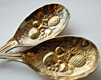 Kings Pattern silver plated salad servers in original box Silverware Gilt serving spoons