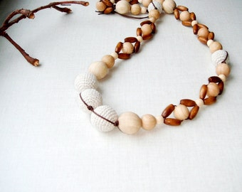 Linen rustic necklace,Nursing necklace,Beige brown,Natural wood beads,Breastfeeding necklace,teething necklace,Rustic For mom,Earth earthy
