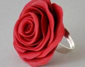 FLOWER RING - in red