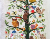 AWESOME Vintage Retro Hand Embroidery CREWEL picture featuring Forest Animals