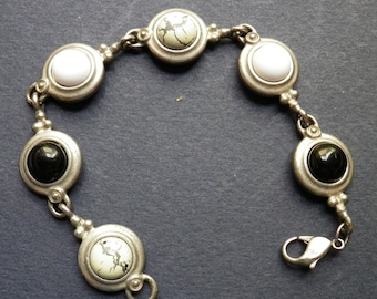 Silvertone Bracelet with Beads of Character