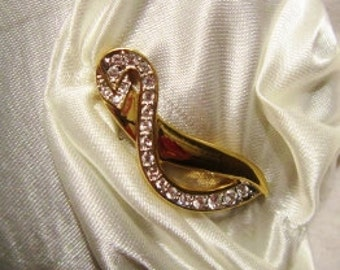 Pleated Gold and Diamond Bridal