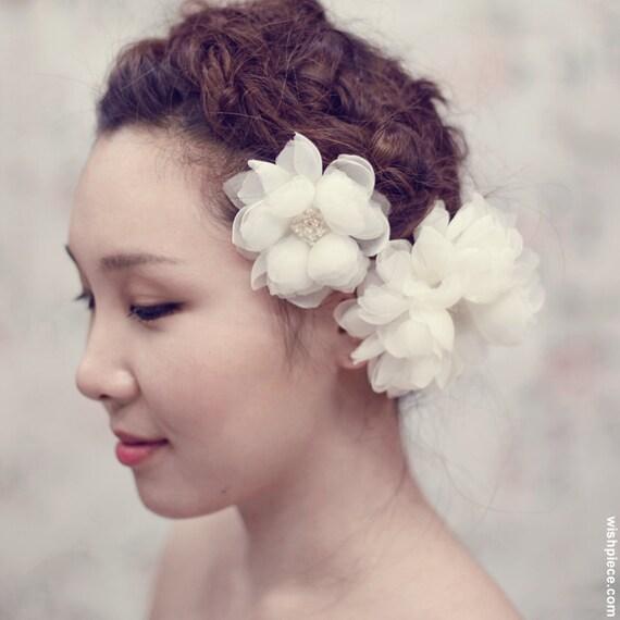 Ivory Wedding Hair Flower - Bridal Hair Accessories - Wedding Headpiece - White Silk Organza Flower Hair Comb - FL1201