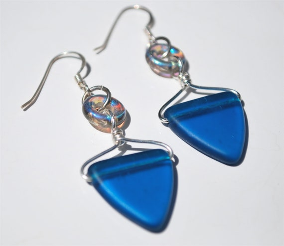 Glorious Teal Glass Triangle Earrings with Grey Luster Glass Donut