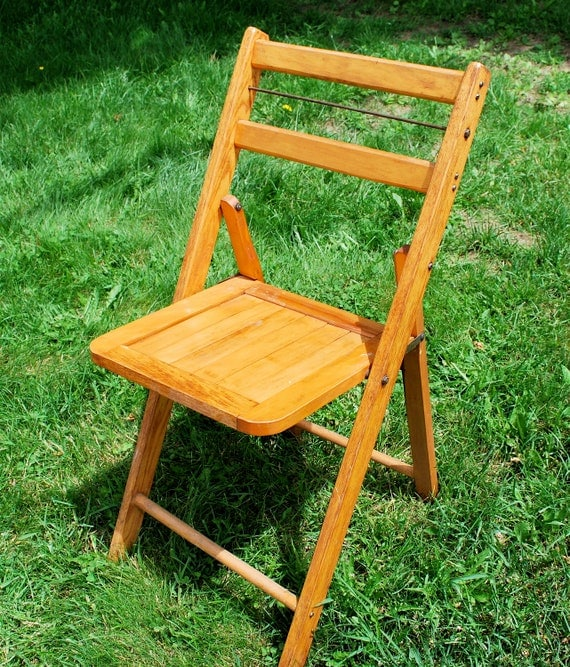 Items Similar To Beautiful Vintage Folding Wooden Chairs