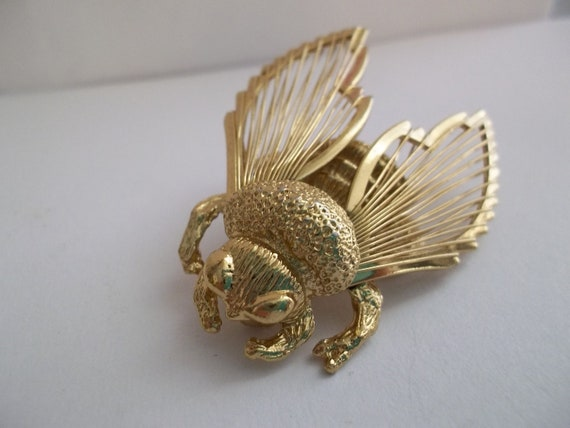 "Signed ""Monet"" Vintage Bumble Bee Brooch/ Queen Bee/ Wasp Brooch Pin/ Vintage Monet Pins/ Bee Brooches/ Vintage MONET / 1970's Monet"