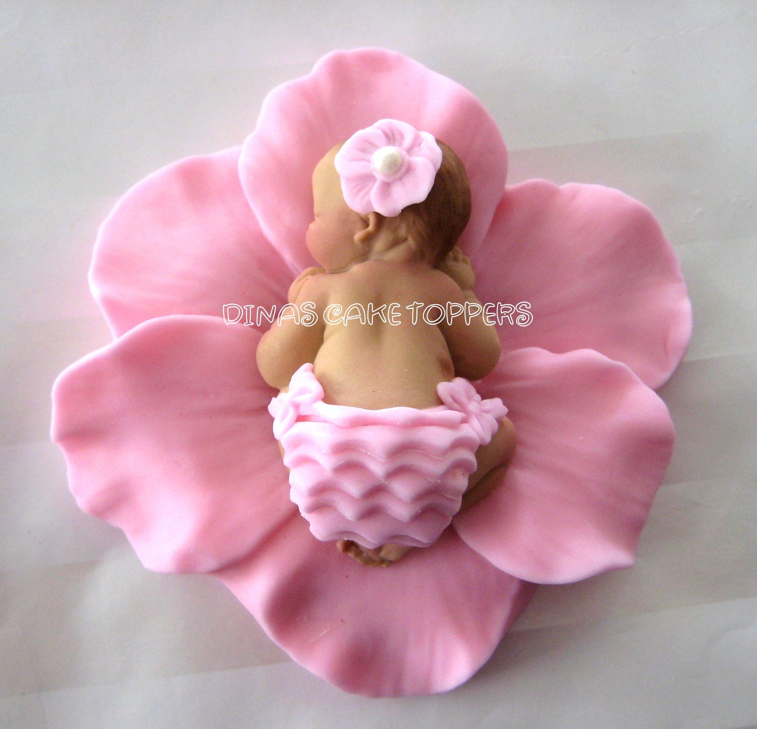 1000 images about vanessa on pinterest baby shower pink marilyn monroe art and flower cake - Wilton baby shower cake toppers ...