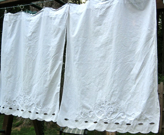 Vintage Martha White Cotton Eyelet Cafe Curtains For