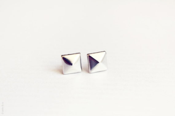 pyramid silver studs earrings - dainty everyday jewelry / gift for her stocking stuffer