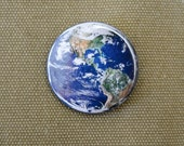 Planet Earth Button / America and South Africa