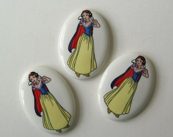3 Disney Snow White Oval Porcelain Cameos Cameo New Old Stock