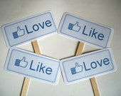 aka.perty.ful.tings- Double Sided Wedding Engagement Couples Love / Like MINI Photo Booth Prop Signs- Set of 2