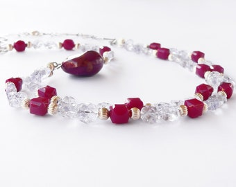 Necklace in lilac handmade with lilac glass and plum resin stones. ooak made in Italy.