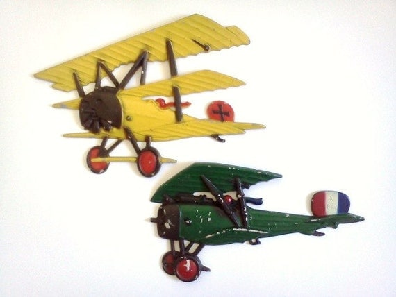 Vintage Cast Iron Airplanes USA 1975 - Set of Two