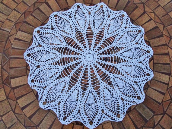 Hand Crocheted Flower Doily, 21 inch, flowers, crochet, tabletop, table, round, white, shabby chic, cottage chic, home decor