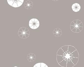 Birch Organic Fabrics Storyboek Two Collection One Yard in Urchin Shells Shroom