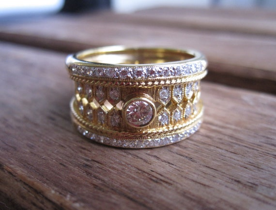 Estate 18K Solid Gold Bezel And Pave' Diamond Cigar Ring