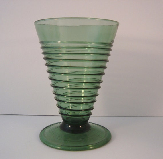 UNIQUE SIX Antique Italian Handcrafted Green Water Glasses