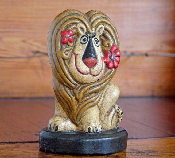 1970s Lion Pencil Holder // 70s Lion Figurine