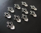 10 tibetan silver Hearts with crown charms (free combined shipping Canada and US)