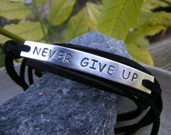 Motivational bracelet, Gift for Him, Never Give Up - W. Churchill, personalized stamped bracelet, faux suede cord