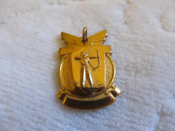 Archery Medal Pendant Collectible Vintage