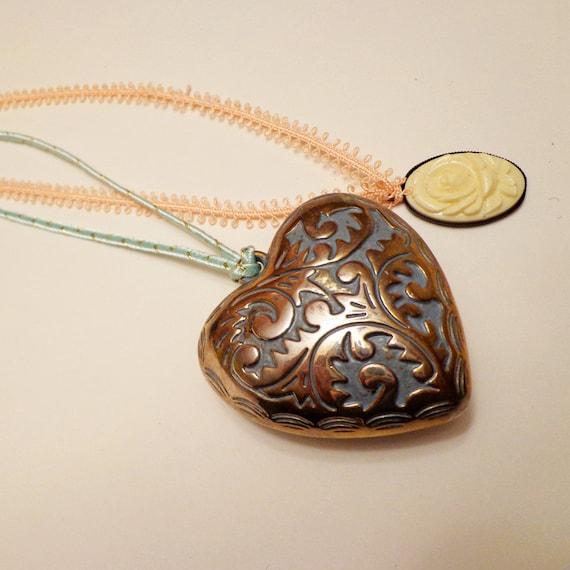 Vintage Heart Pendant and Vintage Ivory Cabochon Necklace Set