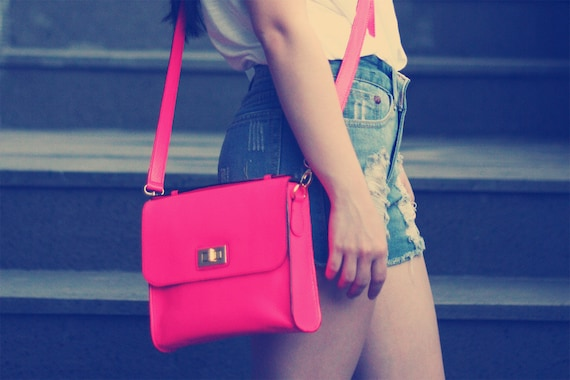Cross Body Leather Bag in Snake Pattern Neon Red