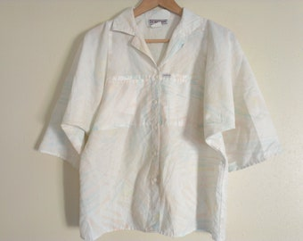 80s vintage women medium size short sleeve pastel shirt
