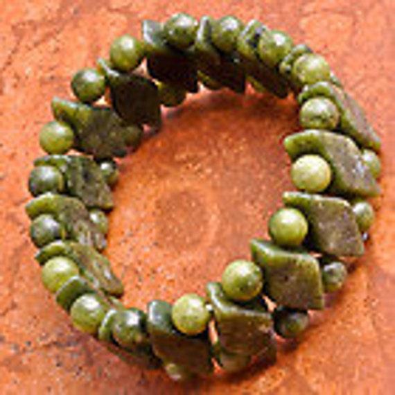 African JADE gemstone stone bracelet reiki, healing, crystal, tarot, hippie, boho, magick, beautiful, unique