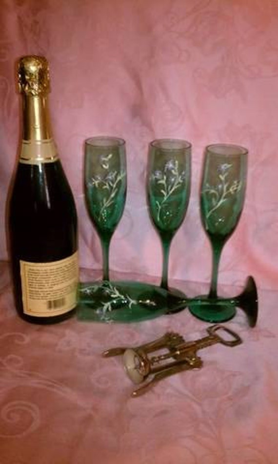 Hand Painted Green Champagne Flutes  CIJ Christmas in July Sale