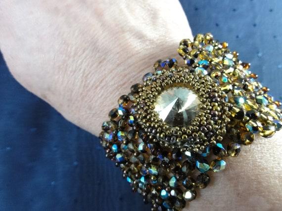 Beaded bracelet with Swarovski Rivoli and Czech Beads