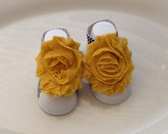 Mustard Color Shabby Chic Chiffon Baby Barefoot Sandals. Newborn Baby Girl Barefoot Sandals, Baby Girl Barefoot sandals