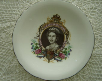 Pair Vintage Royalty Queen Elizabeth II ER China Pin Dishes