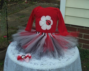 Custom made Boutique Pageant 3pc Ladybug pink flower infant tutu set with matching bottle cap hairbow. size NB 6 12 18 month