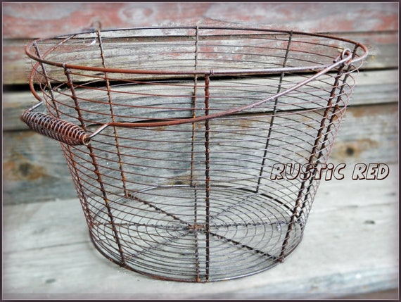 Large Farmhouse Naturally Rusted Wire Primitive Style Gathering Basket with Swing Handle in Natural or Rustic Red
