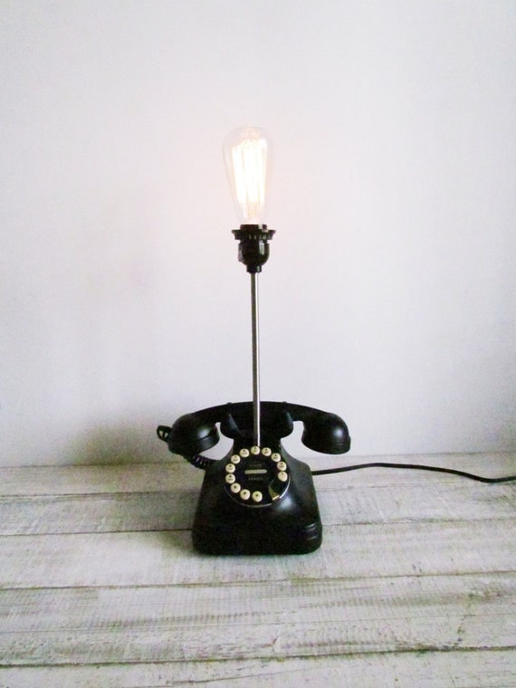 Upcycled Vintage Rotary Phone Fillament Lamp