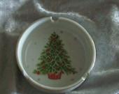 Vintage Lorrie Design Small Round Ceramic Ashtray - Christmas Tree & Stars Japan