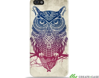 "CreateandCase Artist Designed iPhone 4/4S case / cover / shell - ""Warrior Owl"" Wrap around case"