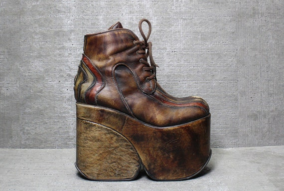 Vtg 70s Brown Distressed Leather Wood Monster Platform Wedge Lace Up Boots 9