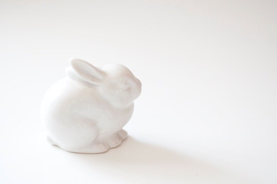 Vintage porcelain rabbit