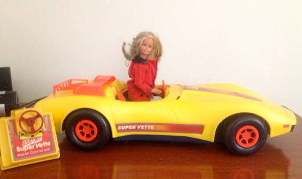 voiture t l command e corvette barbie vente 1979. Black Bedroom Furniture Sets. Home Design Ideas