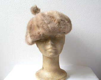 """Fur beret hat, vintage fur hat, size 20"""" (51cm), womens winter fashion, contemporary style"""