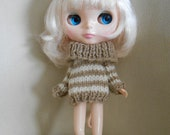 Cute warm striped sweater for Neo Blythe doll